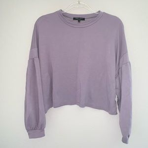 Romeo + Juliet Lilac Bell Sleeve Cropped Sweater M